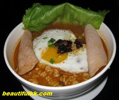 korean-spicy-noodle-soup.JPG
