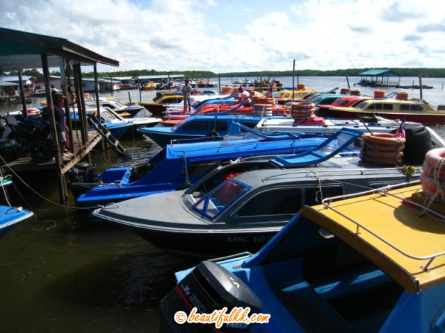 Speed Boats From Menumbok Jetty to Labuan Island