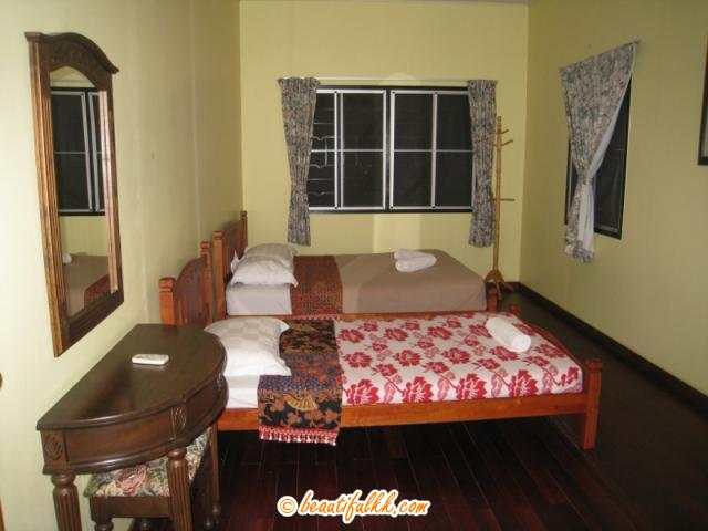 The Bigger Bed Room (Superior Chalet)