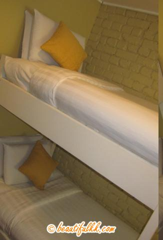 Neat and Clean Bunk Bed (Peak Lodge)