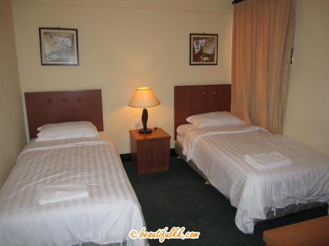 The two single bed room at Marina Court (rbcs services)