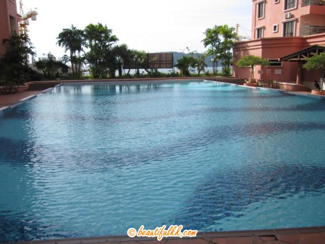 The Swimming Pool (Marina Court Condominium)
