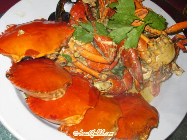 Steamed Common Crabs With Curry Sauce